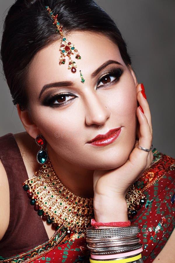 Indisch schoonheidsgezicht stock afbeeldingen