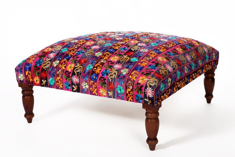 Indisch traditioneel binnenlands die voorwerpen en meubilair op wh worden geïsoleerd royalty-vrije stock foto
