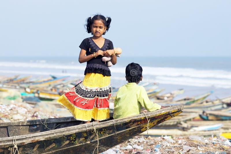 Indisch vissersdorp stock fotografie