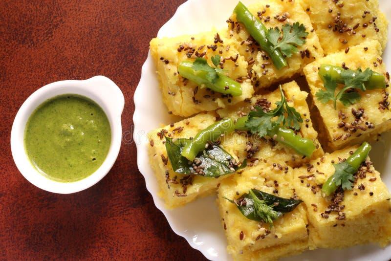 Indisch Voedsel - Gujarati Khaman Dhokla royalty-vrije stock foto's