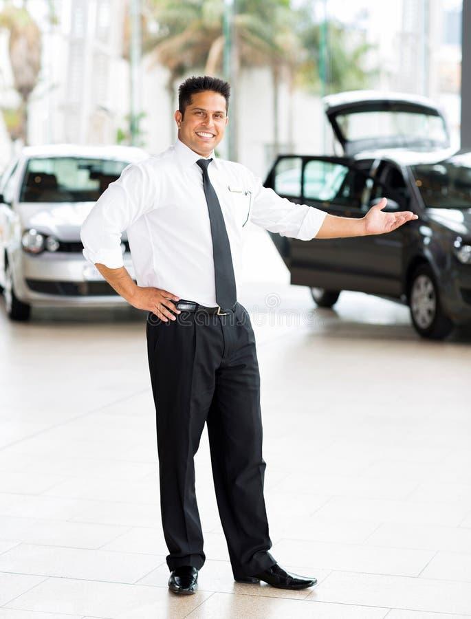 Indische autoverkoper stock afbeelding