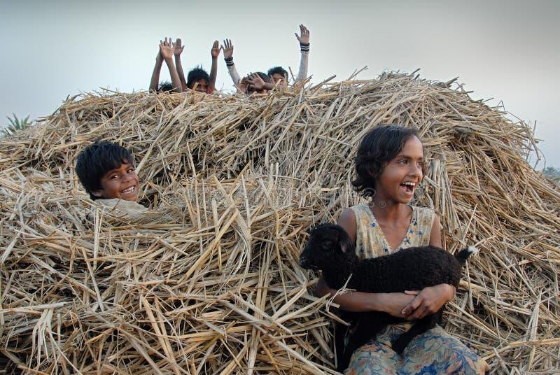 Indische Dorflebensdauer lizenzfreie stockfotografie