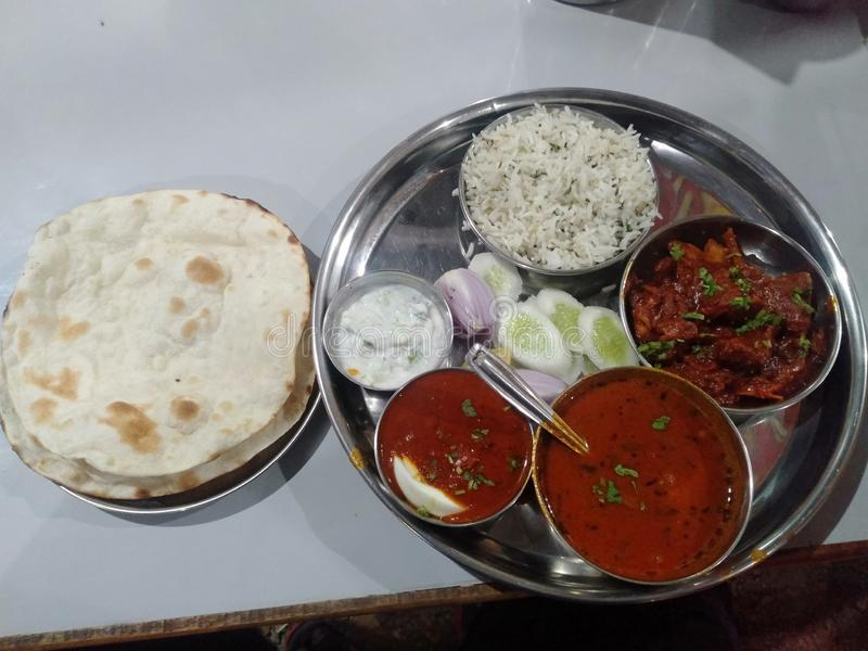 Indische Gewürzplatte lizenzfreies stockfoto