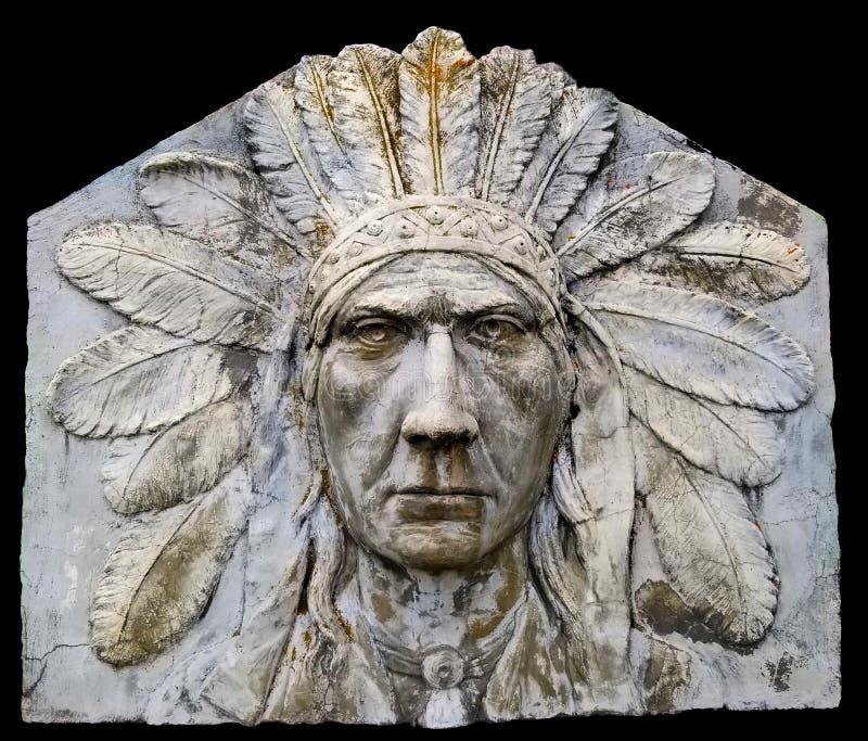 Indische Hoofdsulpture weg van de Brug Banff, Alberta van de Boogrivier stock foto's