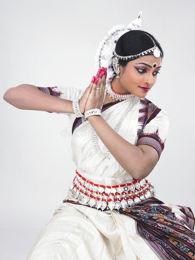 Indische klassieke vrouwelijke danser royalty-vrije stock fotografie