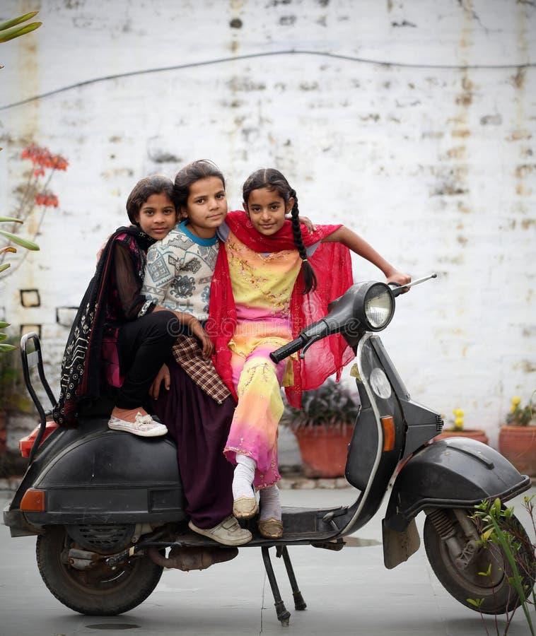 Indische meisjes stock foto's