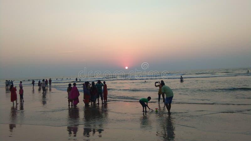 Indische overzees met zonsondergang ganapatipule mahartashtra royalty-vrije stock fotografie