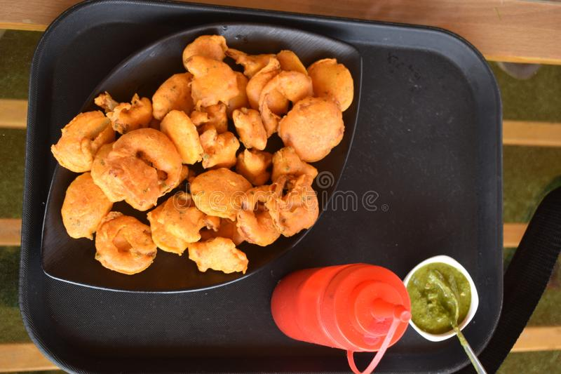 Indische Pakoda gebraden snackfritter royalty-vrije stock afbeelding
