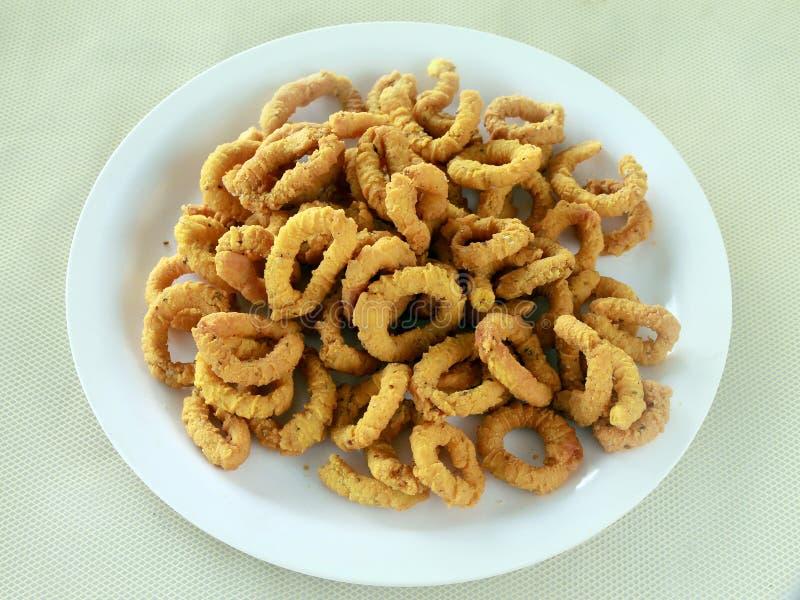 Indische smakelijke Chakodi of Chakli stock afbeeldingen