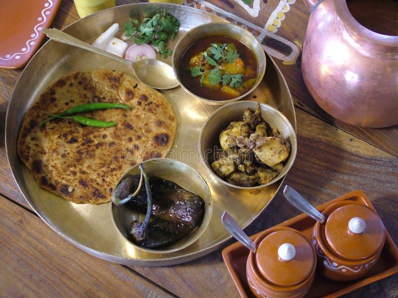 Indische traditionelle Nahrung stockfotos