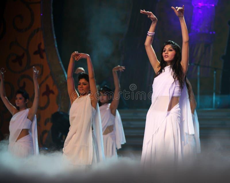 Indische weibliche Tänzer lizenzfreie stockfotografie