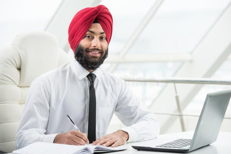 Indische zakenman royalty-vrije stock fotografie