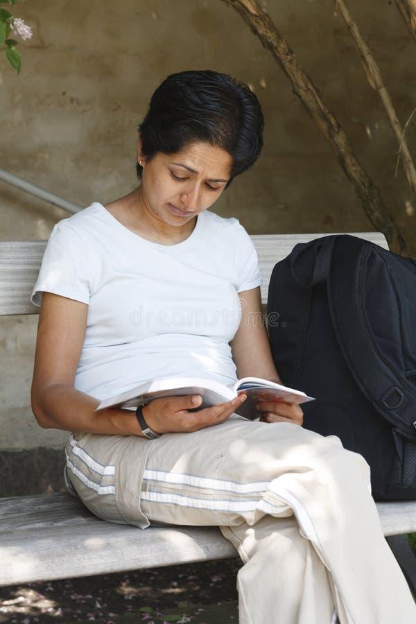 Indischer Frauentourist lizenzfreie stockfotografie