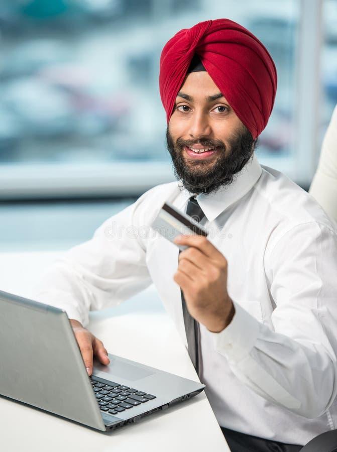 Indischer Geschäftsmann lizenzfreie stockfotografie