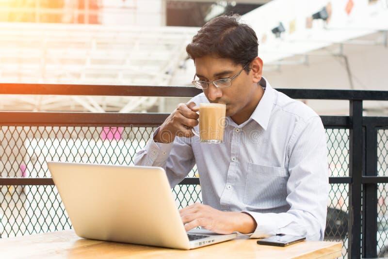 Indischer Geschäftsmann stockfoto
