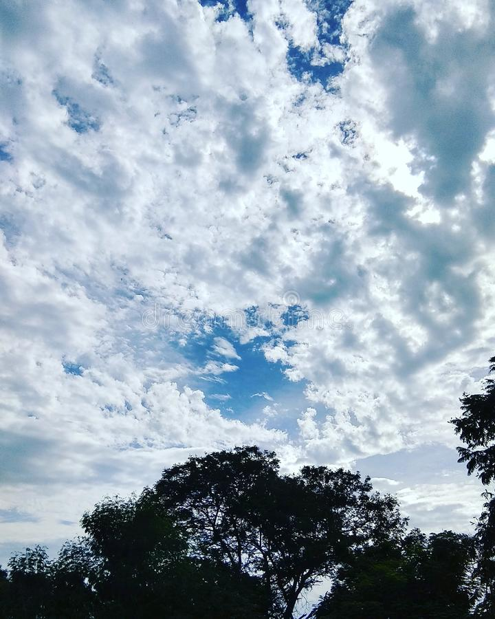 Indischer Himmel lizenzfreies stockfoto