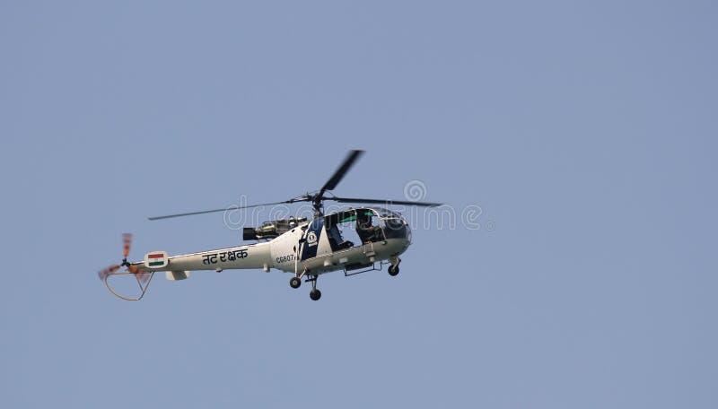 Indischer Küstenwachen-Rettungs-Hubschrauber lizenzfreies stockfoto