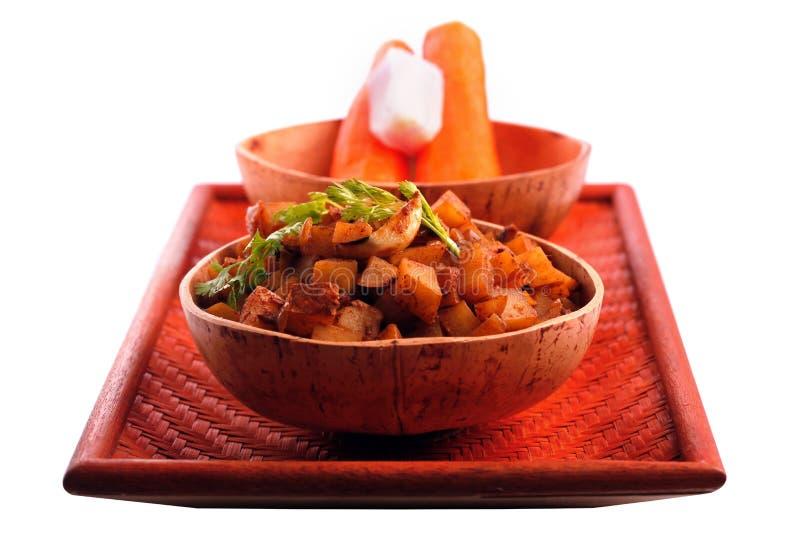 Indischer Kartoffelcurry benannte aloo subzi stockfotos