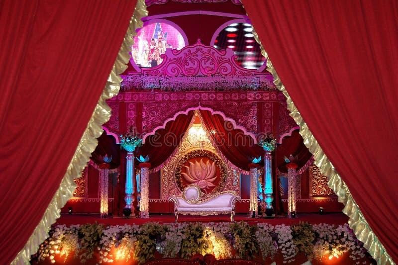 Indisches Hochzeitsstadium mandap stockfotos
