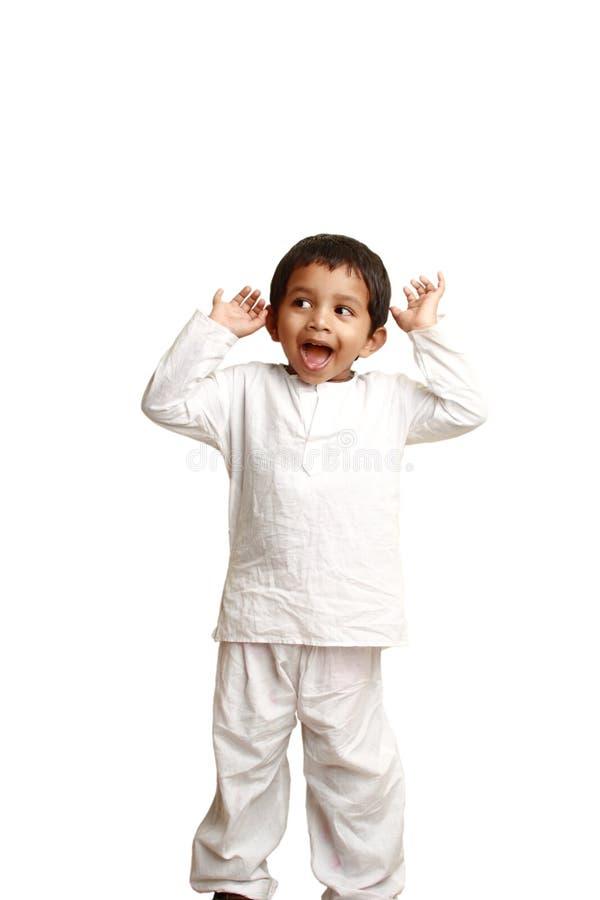 Indisches Kind im traditionellen Kleid stockbilder