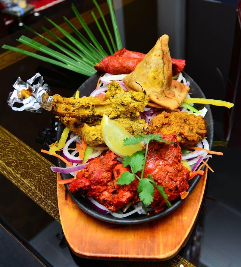Indisches Lebensmittel-Bankett stockbild