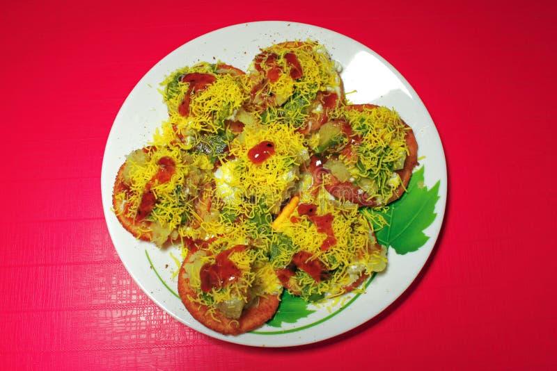 Indisches Lebensmittel Papri Chaat stockbilder