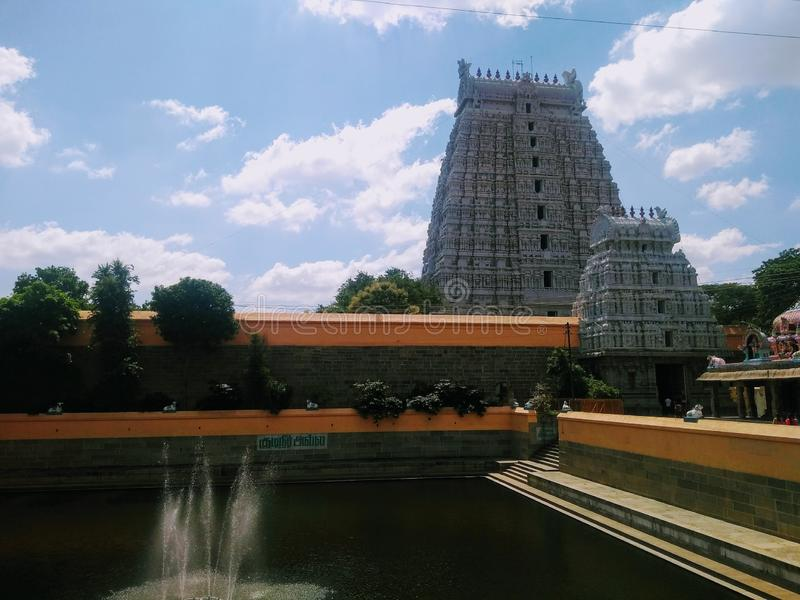 Indisches Tempel Südgopuram lizenzfreies stockbild
