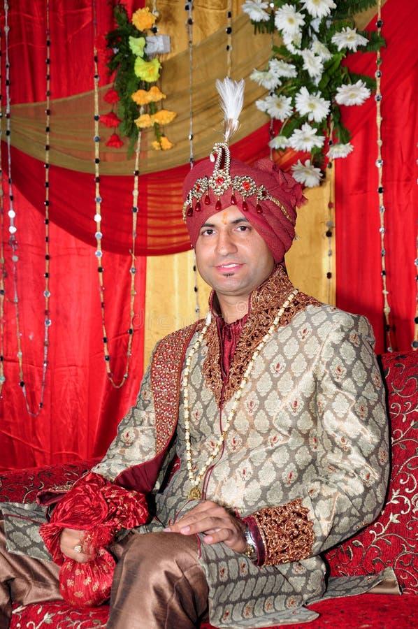Indisk brudgum royaltyfria bilder