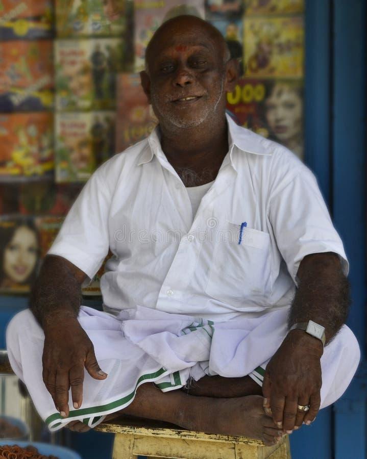 Indisk butiksinnehavare i Madurai, Chennai arkivbild