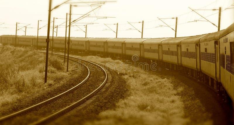 Indisk drevspring på järnvägmaterielfotografiet arkivbilder