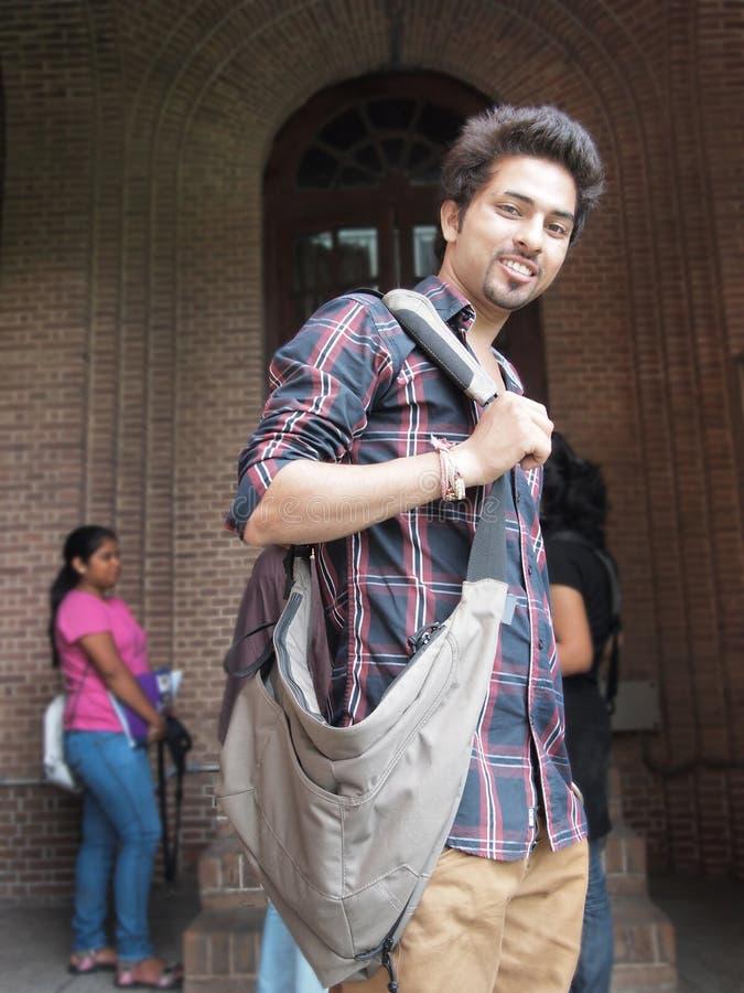 Indisk högskolestudent. royaltyfri bild