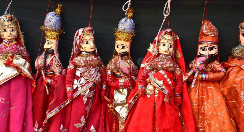 Indisk hand - gjorda dockor arkivbild