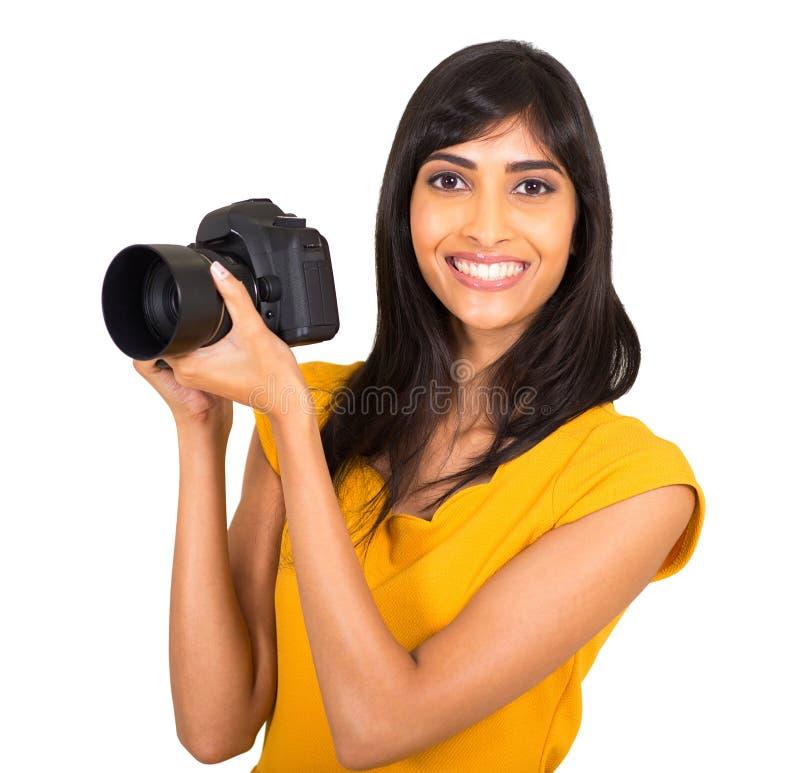 Indisk kvinnlig fotograf arkivbild