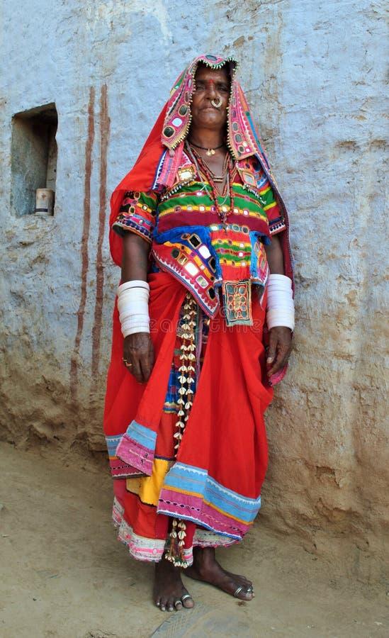 Download Indisk lantlig kvinna arkivfoto. Bild av medborgare, designer - 19792026