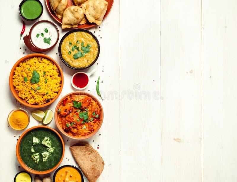 Indisk mat och indisk kokkonstdisk, kopieringsutrymme arkivfoton