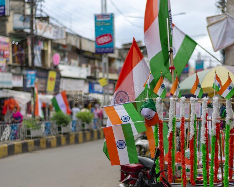 Indisk nationsflagga på självständighetsdagen med tre färger apelsin, vitt som är grön royaltyfri bild