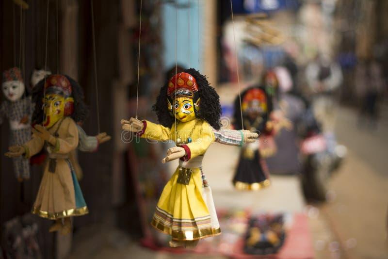 Indiska dockor i en shoppa arkivfoton