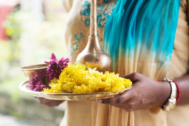 Indiska religiösa offerings royaltyfria bilder