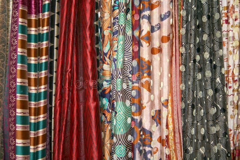 Download Indiska sarees fotografering för bildbyråer. Bild av hantverk - 37349093