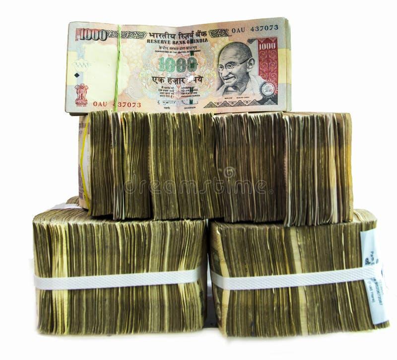 Indiska valutaanmärkningar på vit bakgrund royaltyfri bild
