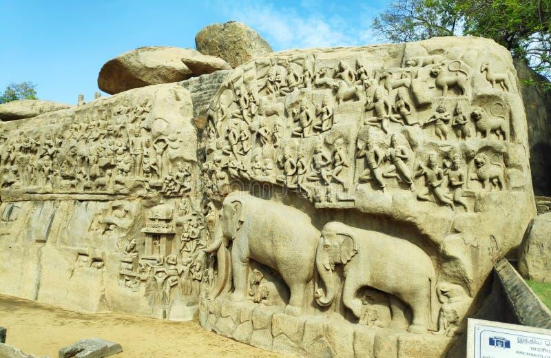 Indiskt historiskt ställe Krishna Butter Ball royaltyfria bilder