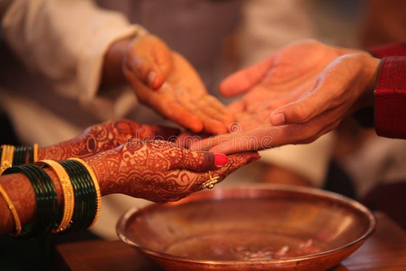 indiskt rituellt bröllop royaltyfria foton