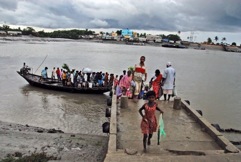 indiskt trans.vatten royaltyfria bilder