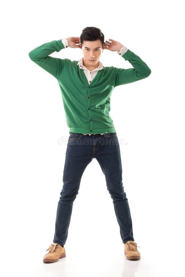 Indivíduo asiático com pose dramática fotografia de stock