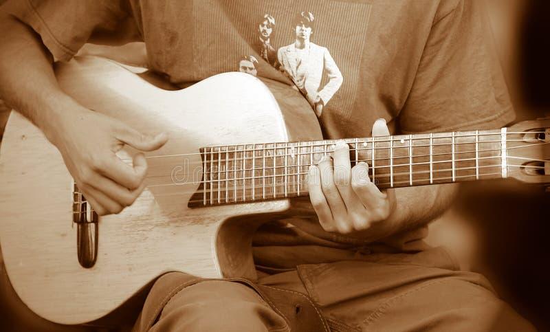 Indivíduo Da Guitarra Fotografia de Stock