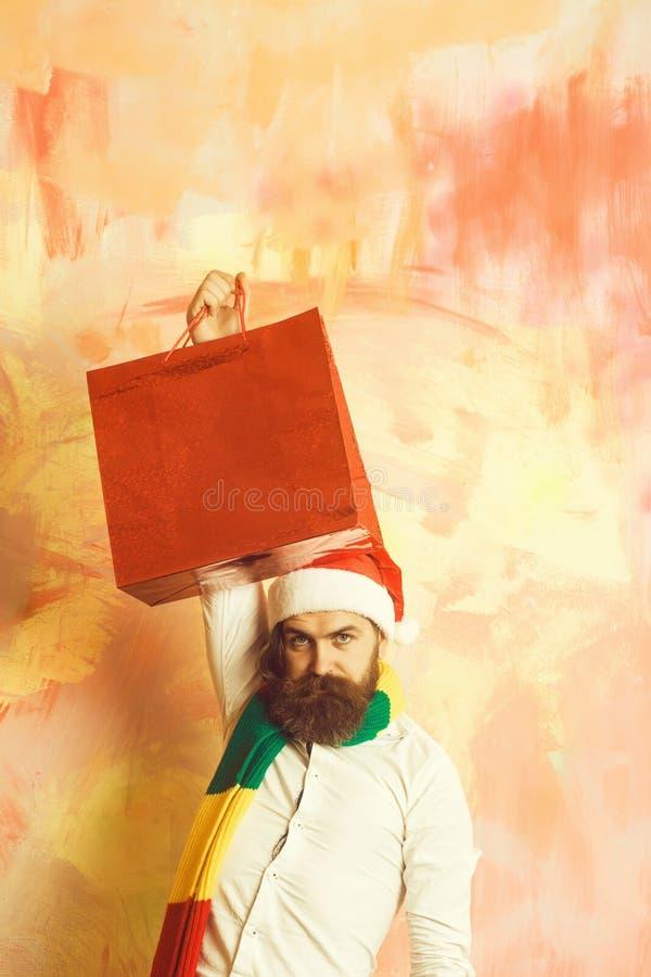 Indivíduo do ano novo com no lenço e o chapéu fotografia de stock
