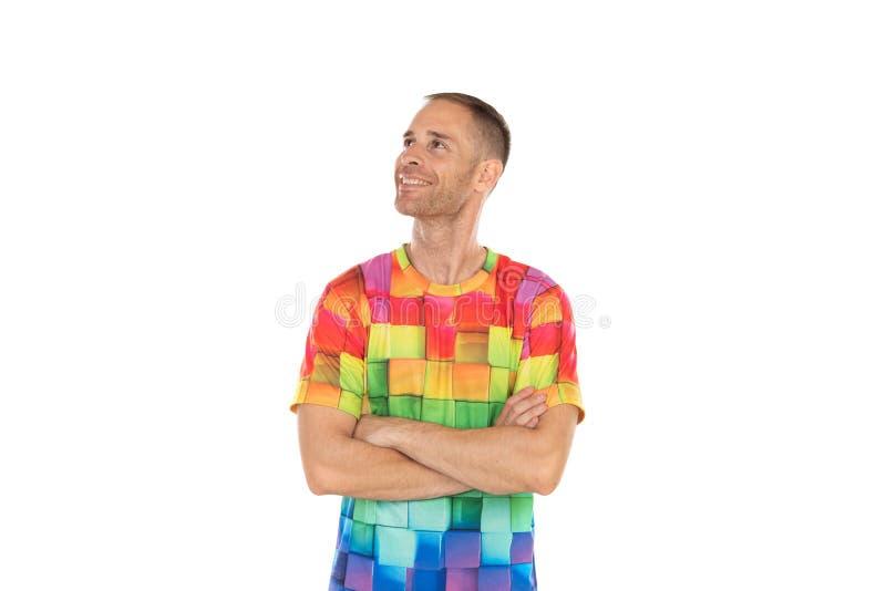 Indivíduo pensativo com tshirt colorido imagem de stock