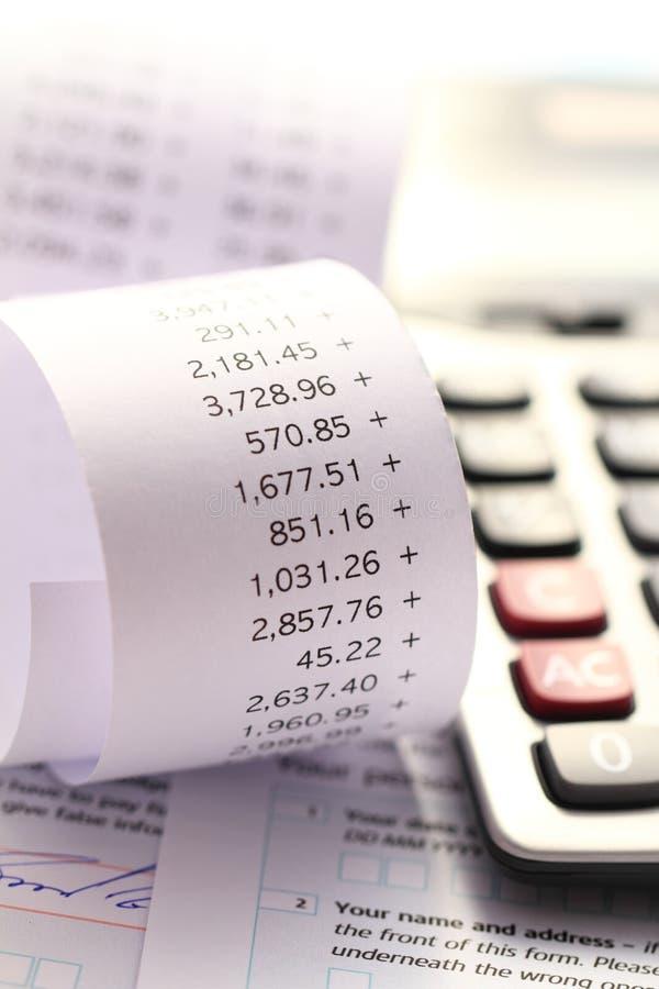 Individu Assesment d'impôts et calcul de comptabilité photographie stock libre de droits