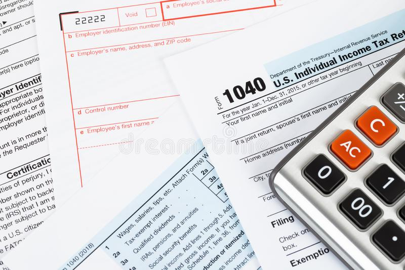 Individuell inkomstskattreturform vid IRS, begrepp för skatt arkivbilder