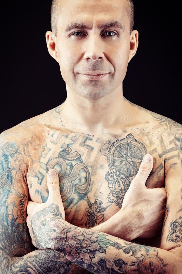Individuo del tatuaje foto de archivo libre de regalías